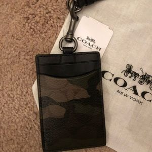 Coach Accessories - 🎉 HP 🎉 🆕 Coach Camouflage ID Badge Lanyard
